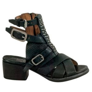 A.S.98 'Pennie' black strappy sandals